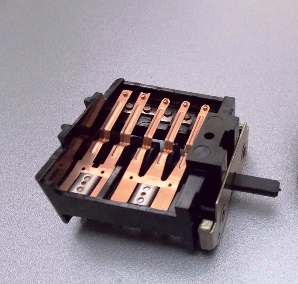 247d0edb790e419b8a84736a1e8d08e7 - Чем смазать контакты для улучшения контакта